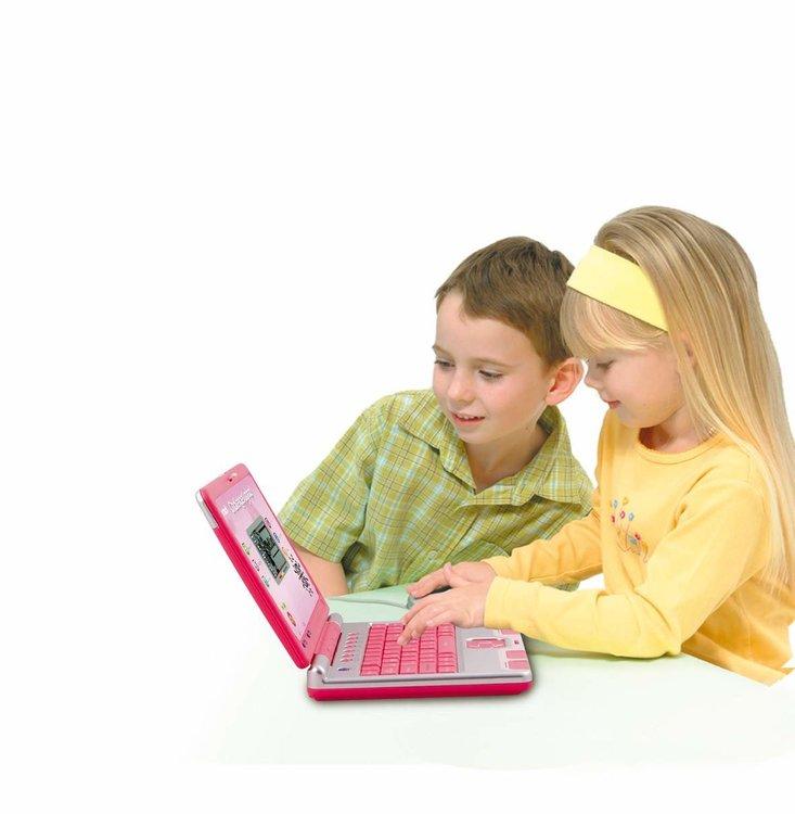 Tunn Bärbara dator med mus . Fr 4år