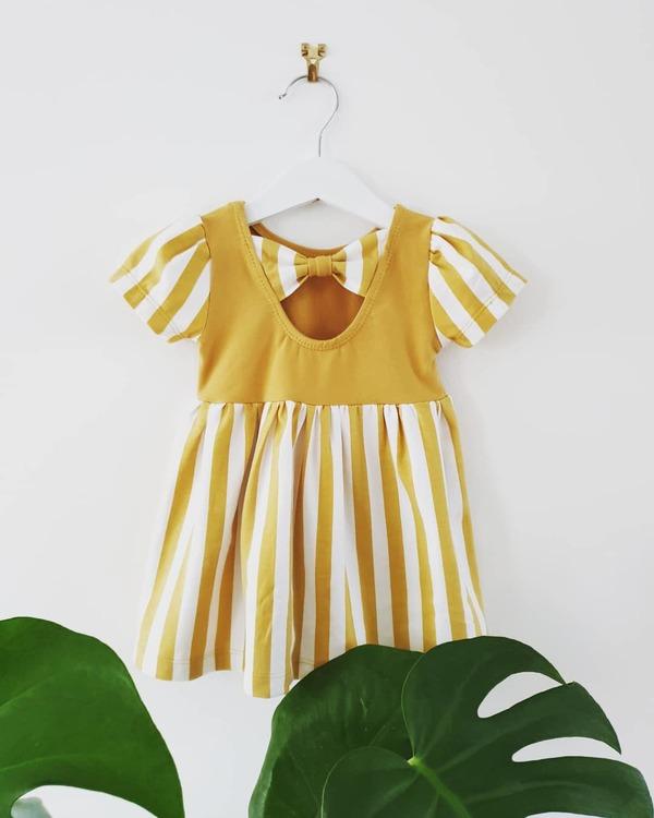 Gul Amelie-klänning