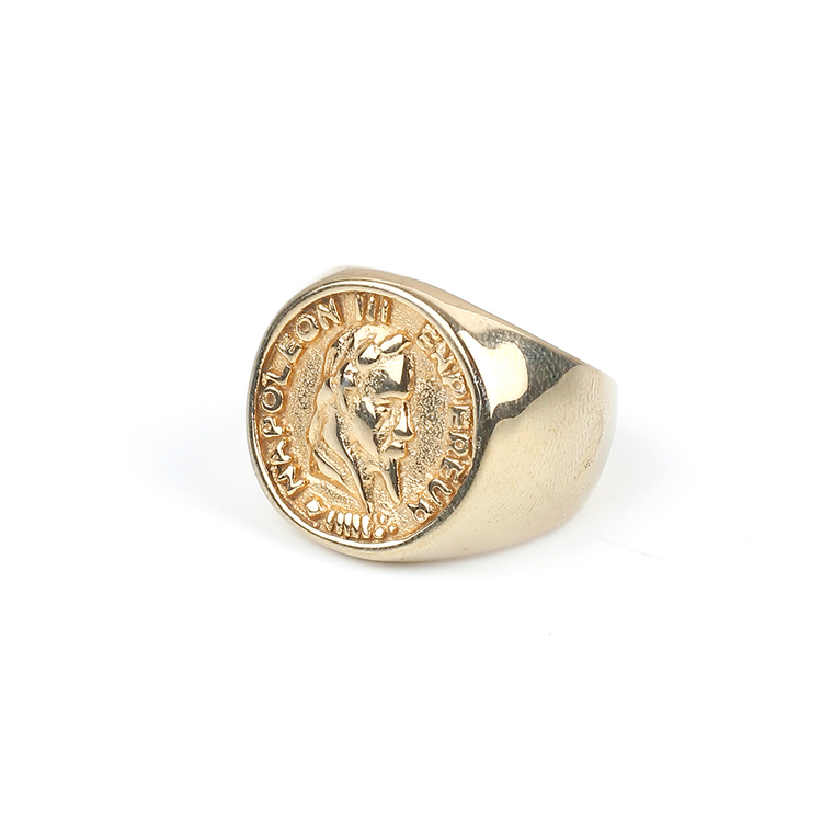Cut Stone Ring Gold