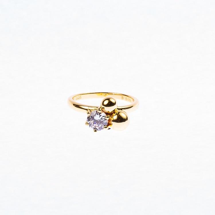 By Björk ring i silver med guldplätering sten och två kulor designer Sofia Björk