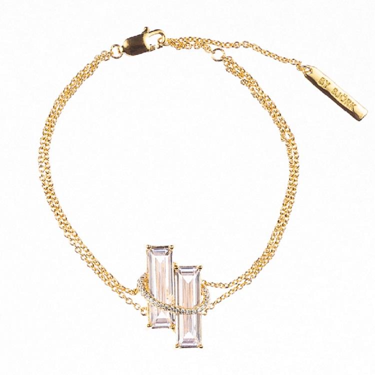 By Björk silverarmband med guldplätering med två rektangulära stenar designad av Sofia Björk
