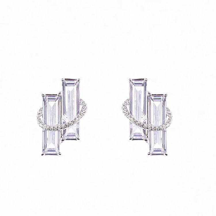 By Björk örhängen i silver med två rektangulära stenar design Sofia Björk