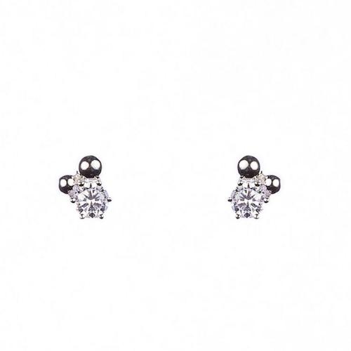 Örhängen med sten och silverpärlor