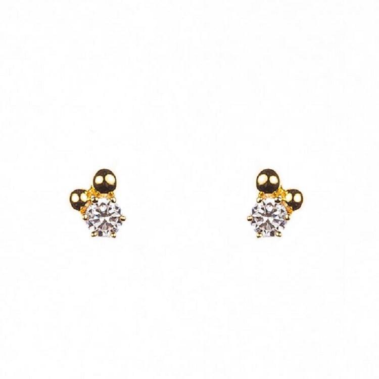 By Björk örhängen i silver med guldförgyllning med sten och två kulor av smyckesdesigner Sofia Björk