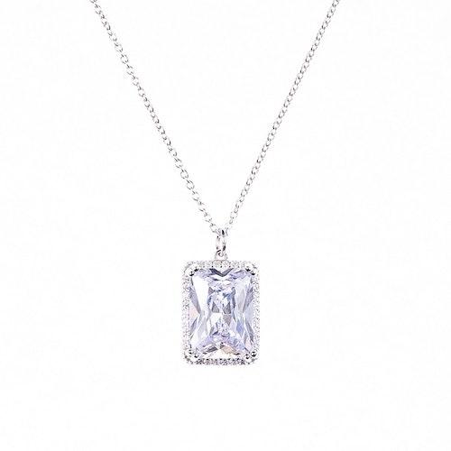 Halsband i silver med stor sten