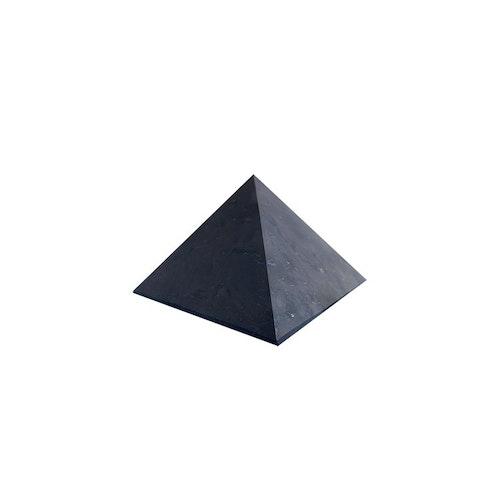 Shungit pyramid M opolerad 5 cm