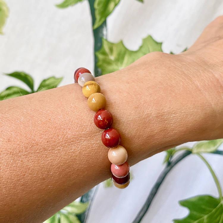 Mookaite armband 8 mm pärlor