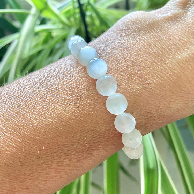 Selenit armband 8 mm pärlor