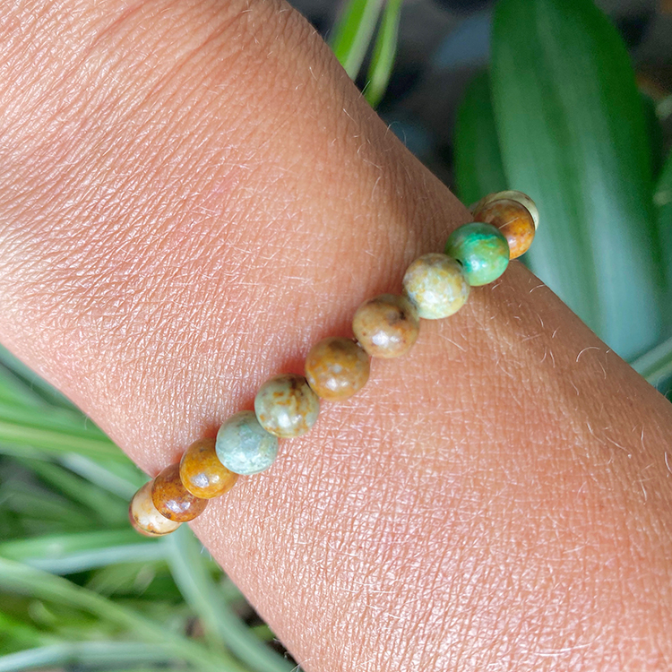 Krysokolla armband 6 mm pärlor