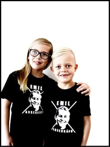 T-Shirt Logga Barn FÅTAL KVAR!