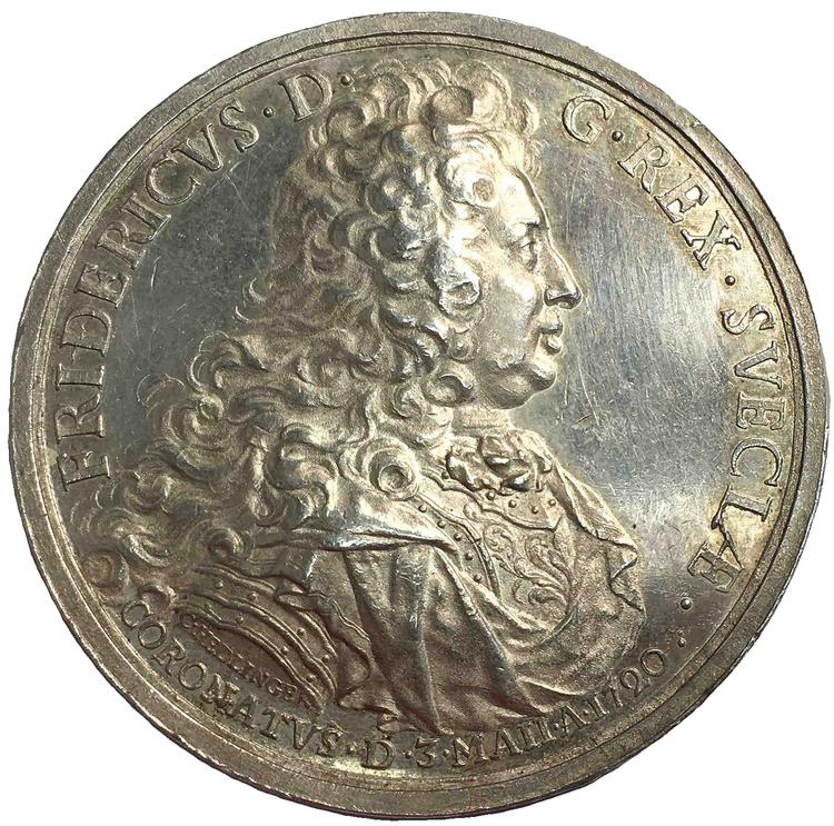 Sverige, Fredrik I 1720-1751, Silvermedalj utgiven till Kröningen 1720 av Hedlinger - VACKERT EXEMPLAR