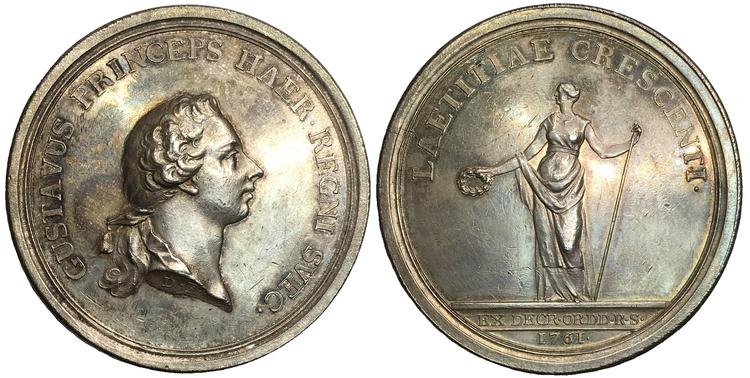 Sverige, Gustav III 1771-1792, Silvermedalj utgiven med anledning av kronprinsens (Gustav III) 16 års dag 1761 av Daniel Fehrman