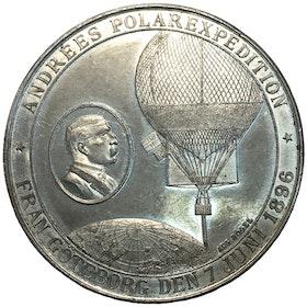 En historisk mycket intressant minnesmedalj över Andrées polarexpedition 1897 graverad av Högel