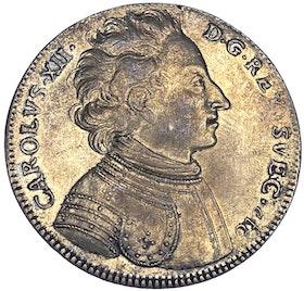Karl XII - Riksdaler 1707 utan peruk - Vackert typmynt med fantastisk lyster