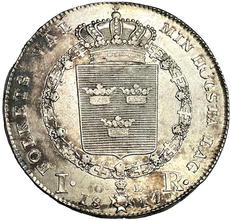 Karl XIII - Riksdaler 1817 - Ett vackert välpräglat exemplar helt utan plantsrispor