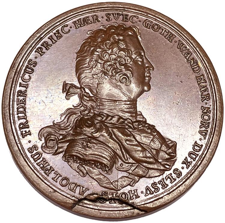 Adolf Fredrik, biskopen av Lübeck, vald till svensk tronföljare 1743 - Ocirkulerat toppexemplar - MYCKET SÄLLSYNT - RR av Hartman