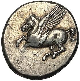 Korint, Korint, stater ca 345-307 f.Kr - Tilltalanade exemplar med fin lyster