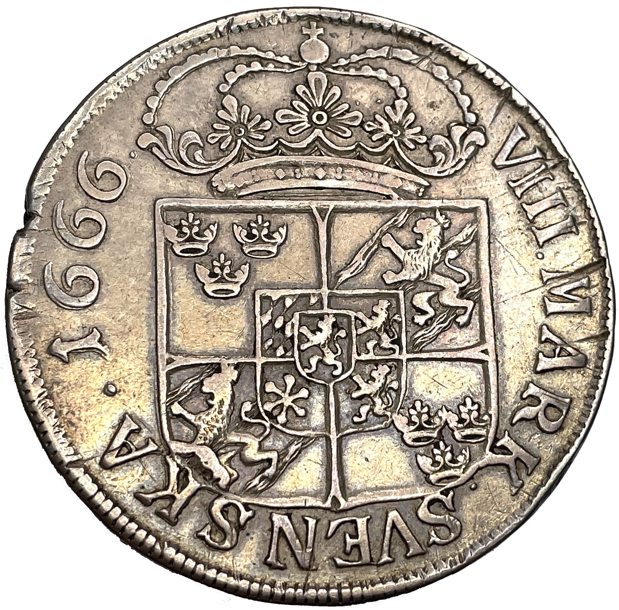 Karl XI 8 Mark 1666 - Mindre bild, delad omskrift, stor krona - RAR - 13 ex i privat ägo