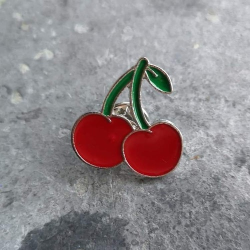 Pin Körsbär