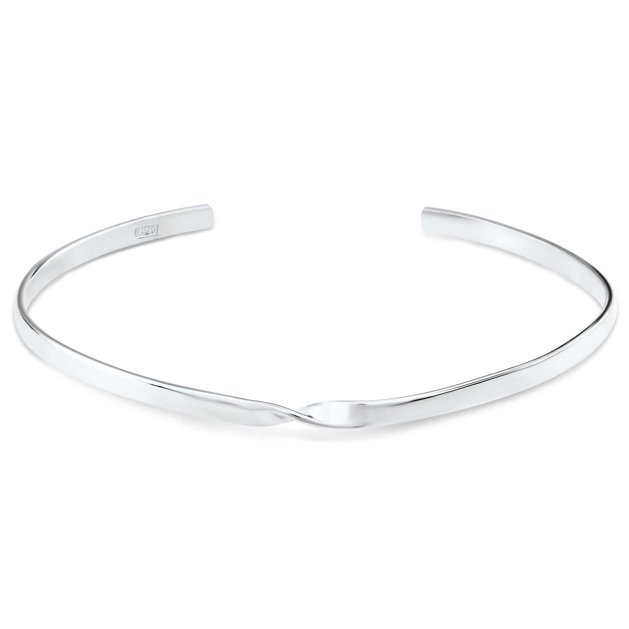 SIMPLICITY WITH A TWIST - bracelet