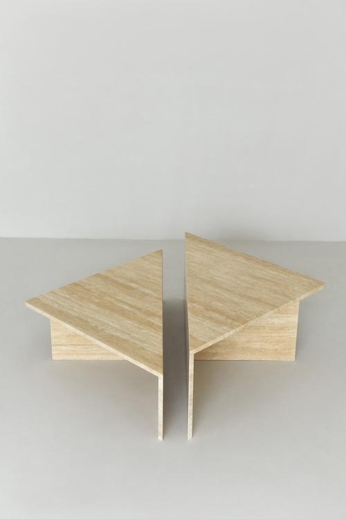 Chiara Triangle Coffee Table, set of 2 Travertine