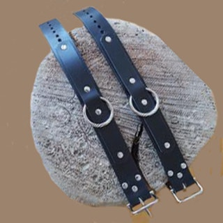 Cuffs av nötläder - Slim Jim