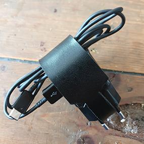 Hållare för mobilladdare