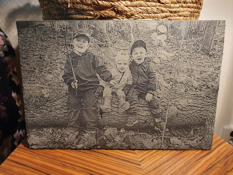 Lasergraverad Skiffer 20x30 med ert foto