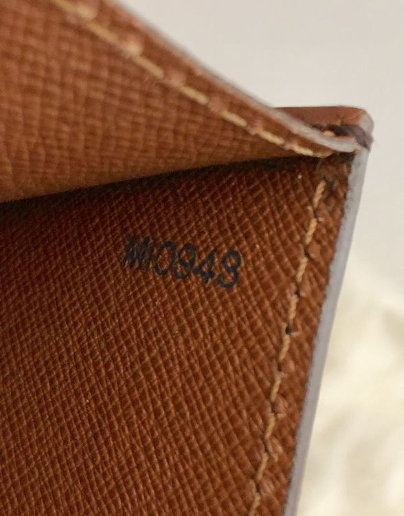 Louis Vuitton Monogram Porte Document Bandouliere
