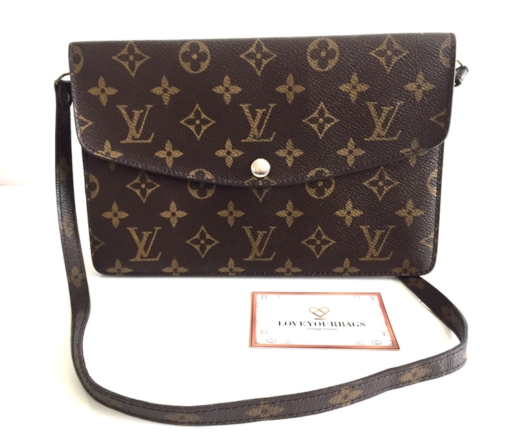 Rare item! Louis Vuitton Pochette Double rabat Monogram Canvas