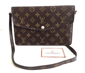 Rare item! Louis Vuitton Pochette Double rabat Monogram Canvas
