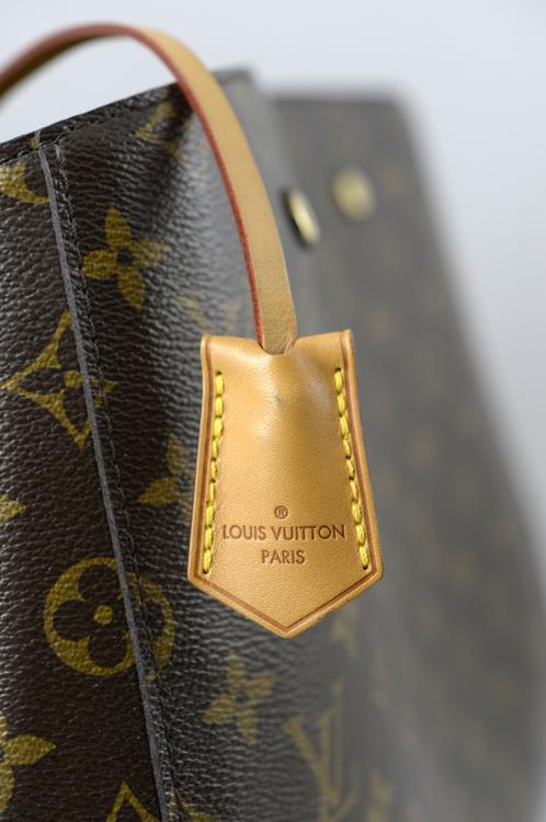 Louis Vuitton Montaigne GM Monogram Canvas