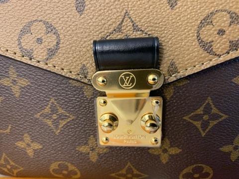 Brandnew Louis Vuitton Pochette Métis Reverse