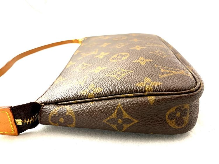 Authentic Louis Vuitton Pochette Accessoires Monogram Canvas