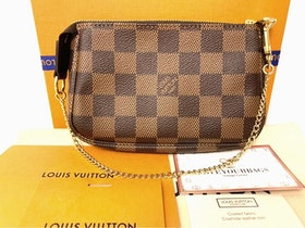 Brandnew Louis Vuitton Mini Pochette Damier Ebene Bag