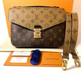 Brandnew Louis Vuitton Pochette Métis Reverse Canvas Bag