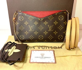 Louis Vuitton Pallas Clutch Monogram Canvas