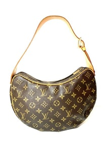 Louis Vuitton Croissant Monogram Shoulder Bag MM