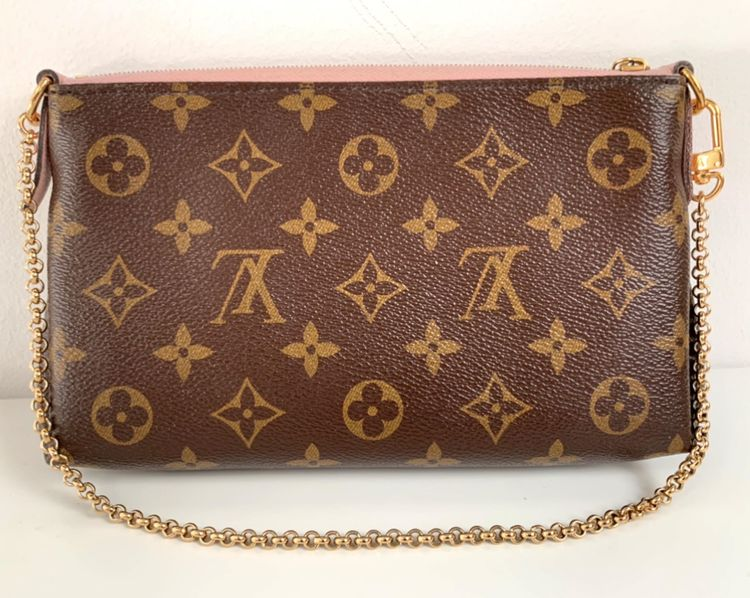 Louis Vuitton Pallas Clutch Monogram Canvas Rose Poudre Pink Shoulder/Crossbody bag