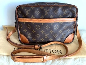Louis Vuitton Trocadero 27 Monogram Canvas Crossbody Bag