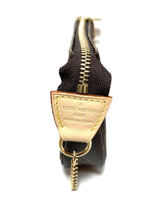 Louis Vuitton Mini Pochette Accessoires Monogram Canvas