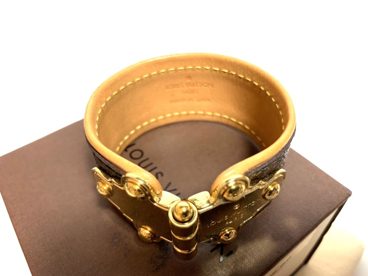 Louis Vuitton Save It Monogram Vachetta Bracelet