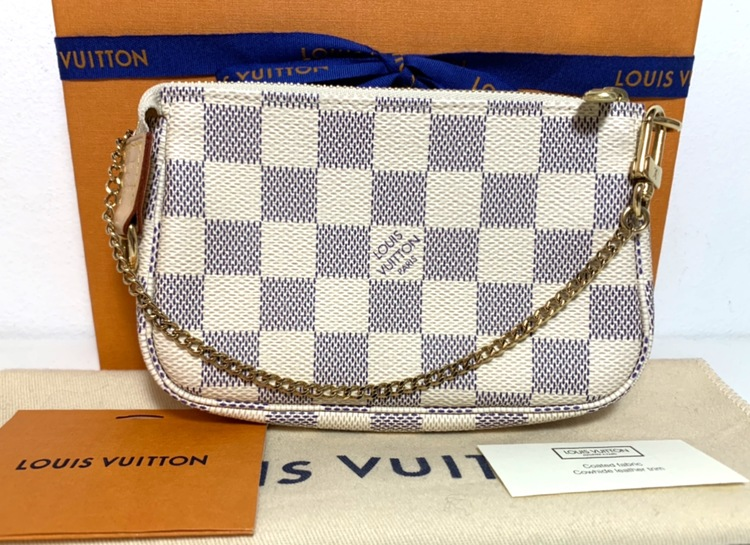 Louis Vuitton Mini Pochette Accessoires Damier Azur Canvas
