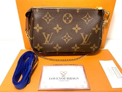 Louis Vuitton Mini Pochette Monogram Canvas Bag
