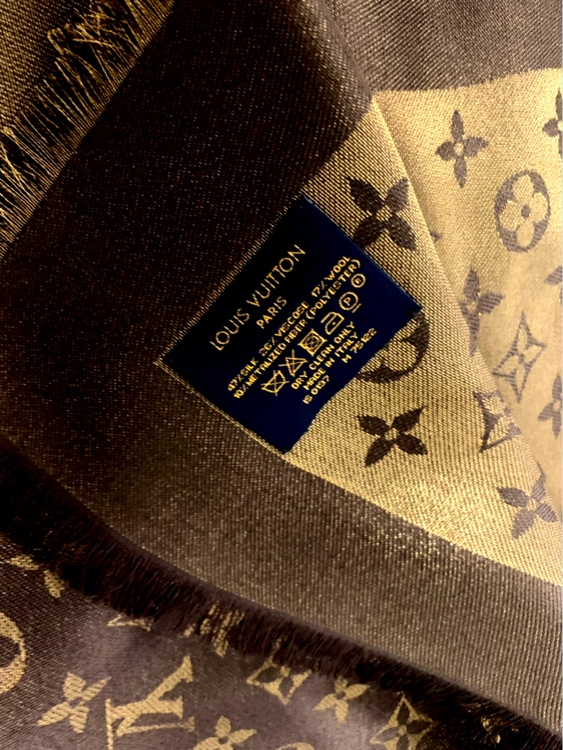 Louis Vuitton Shawl Shine Brown Monogram