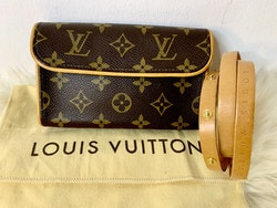 Louis Vuitton Florentine  Monogram Canvas Pochette