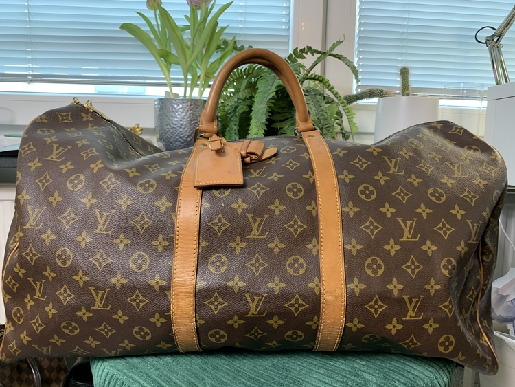 Louis Vuitton Keepall 60 Monogram Canvas Travel Bag