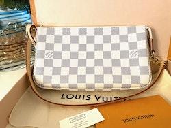 Louis Vuitton Pochette Accessoires Damier Azur Bag