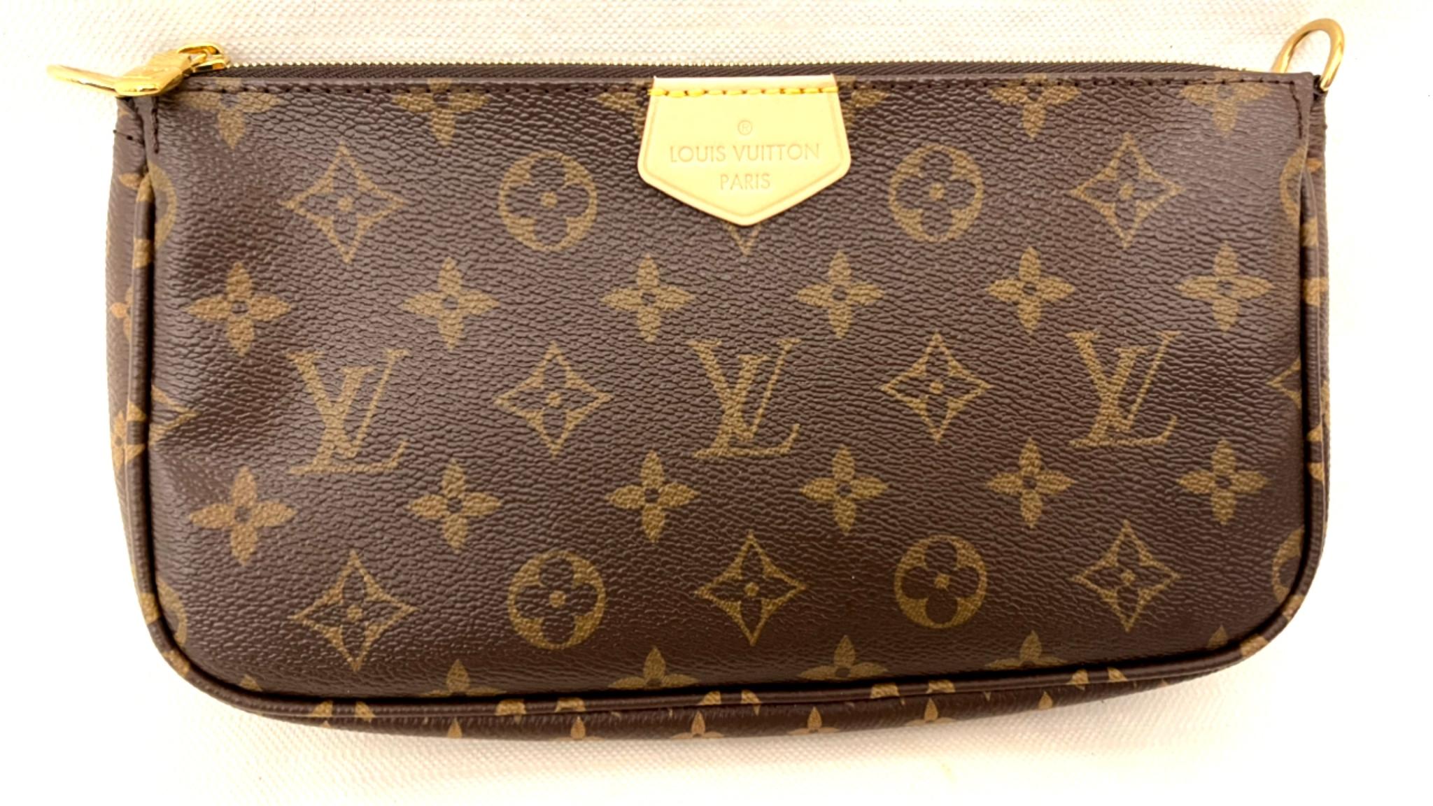 Louis Vuitton Multi Pochette Accessoires Rose Clair