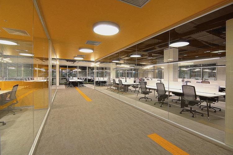 AB Arlemark Ytmonterad takbelysning för kontor